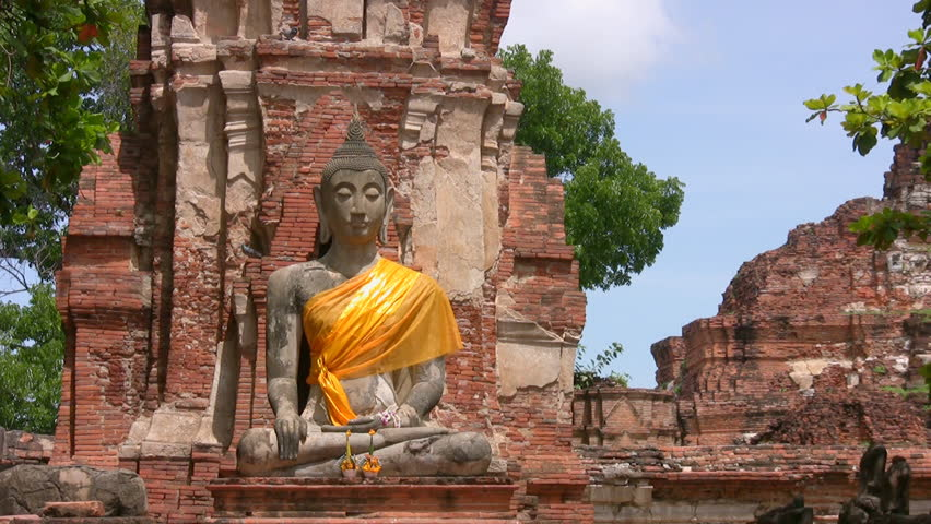 buddhist single women in canon Can women become leaders in the buddhist tradition the relationship between gender and authority in buddhist traditions is buddhist women are often.
