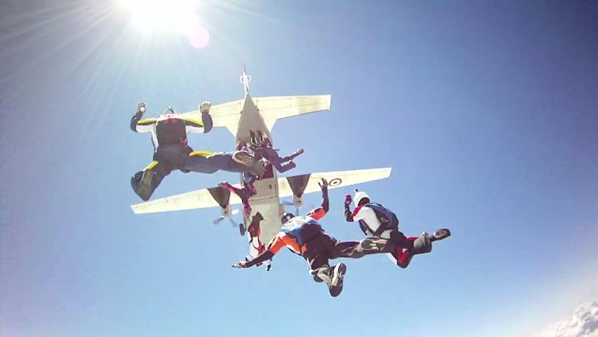Skydiving big group