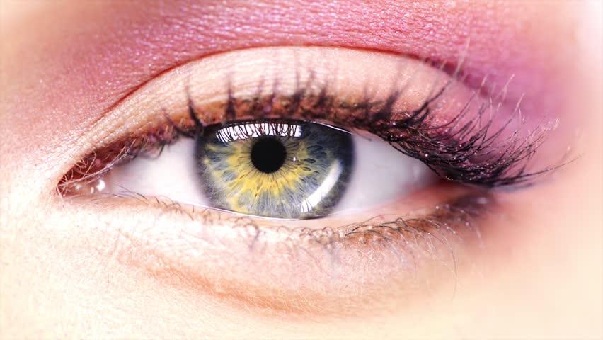 Beauty eye Macro Close-up blinking