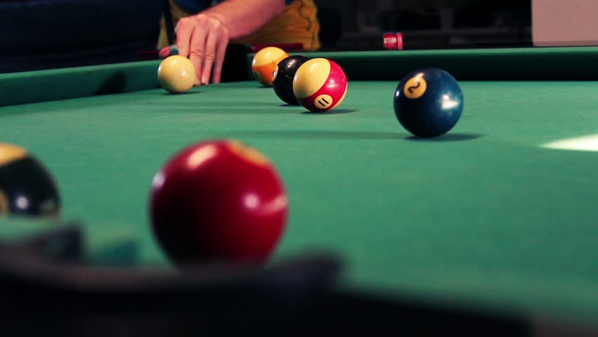 how to turn professional in snooker