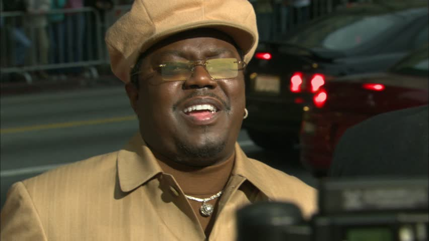 HOLLYWOOD - March 13, 2005: Bernie Mac at the Guess Who Premiere in the Grauman's Chinese Theatre in Hollywood March 13, 2005