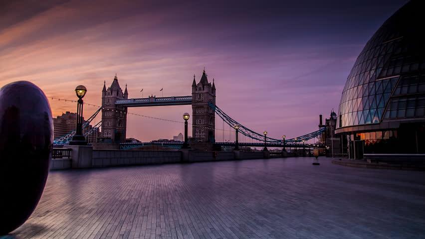 Tower Bridge Sunrise, London Tracking Time-lapse
