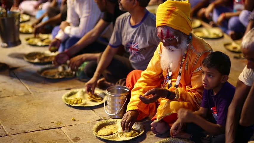 varanasi india may 2013 poor indian people eating free