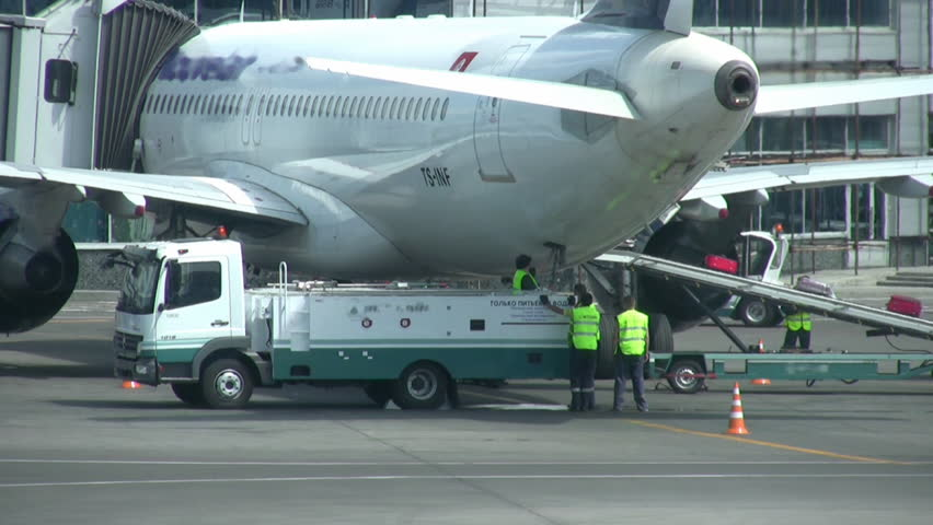 Into plane load luggage