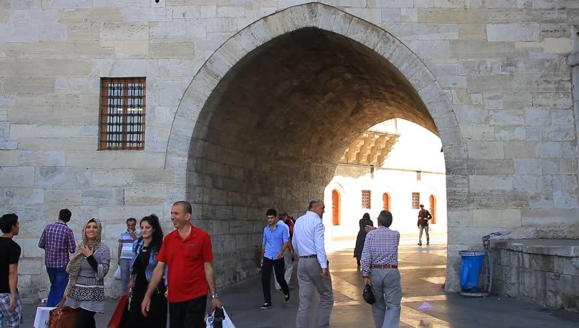 ISTANBUL - SEPTEMBER 25, 2013: Yeni Mosque Hunkar Kasri ...