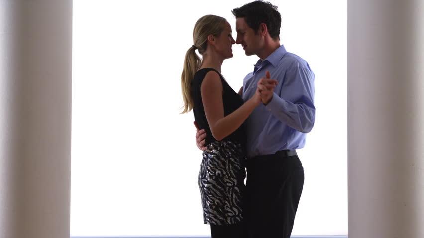 Какой это танец, свободный или классический?
