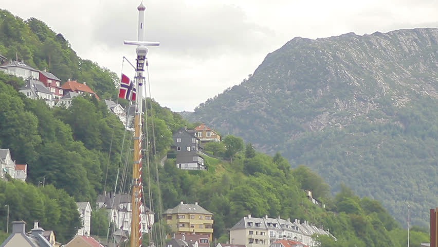 <b>Norway</b>, Edvard Grieg and the City of <b>Bergen</b> [<b>HD</b>] - YouTube