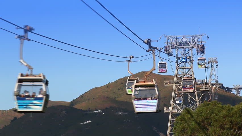Ngong Ping 360 Cable Car, November 23 : The Cable Car Transport Service For Tourist Go To Worship Tian Tan Buddha Statue Of Hong Kong 2014 (time lapse)