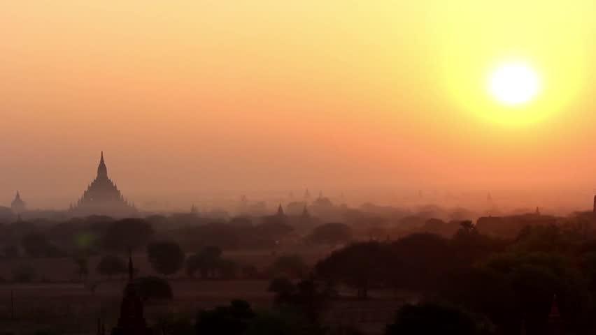 Sunrise in Bagan 2 - Beautiful sunrise in Bagan, Myanmar (Burma). Breathtaking scenery over temples in Bagan.